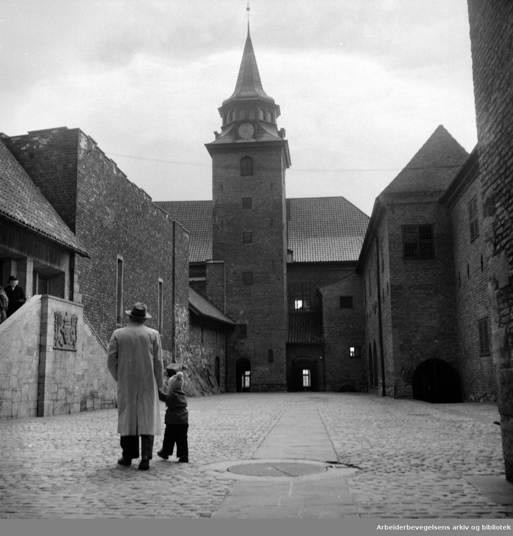 Akershus slott. 1952 - 1954