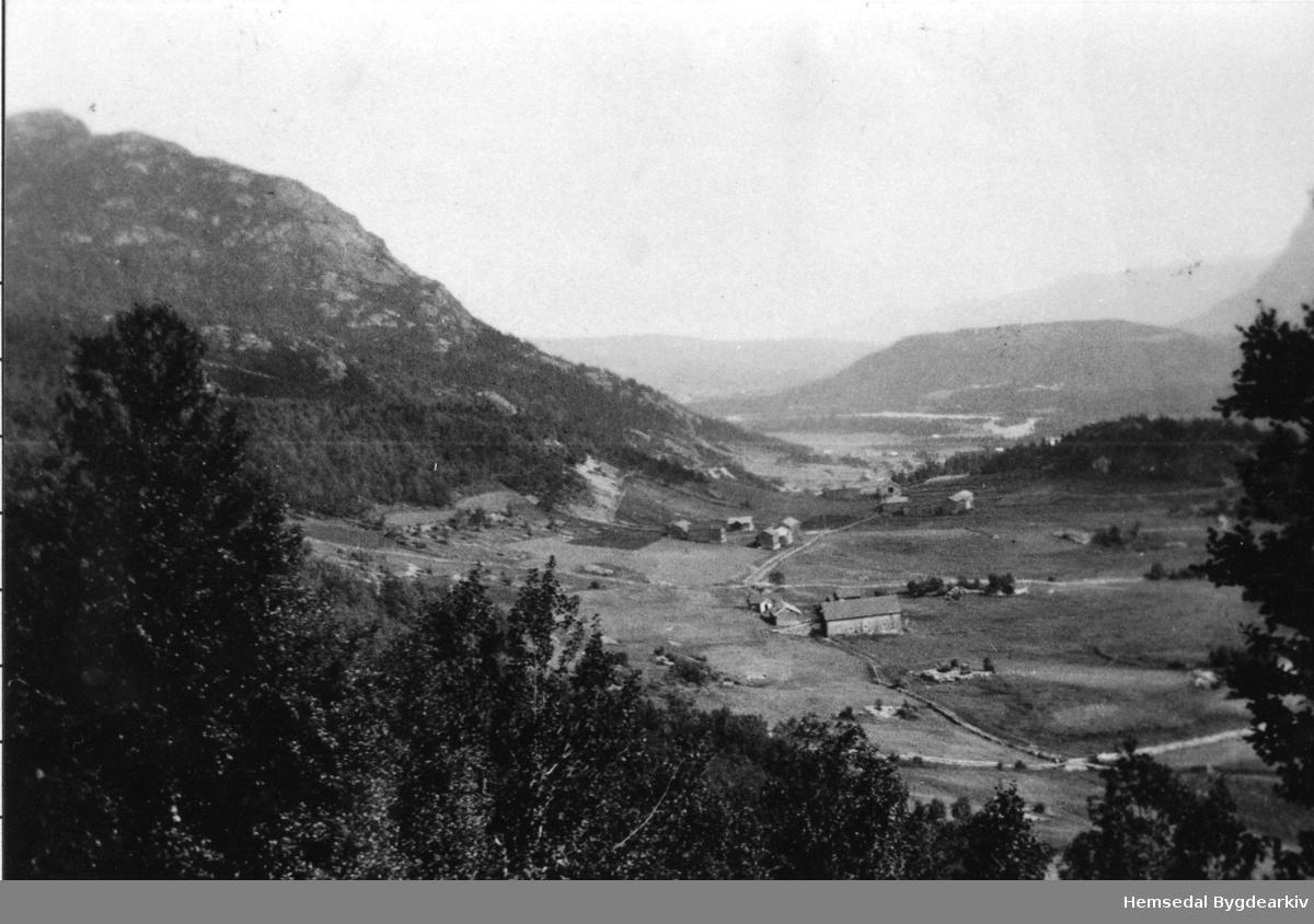 Kyrkjebøengardane i Hemsedal på 1920-talet.