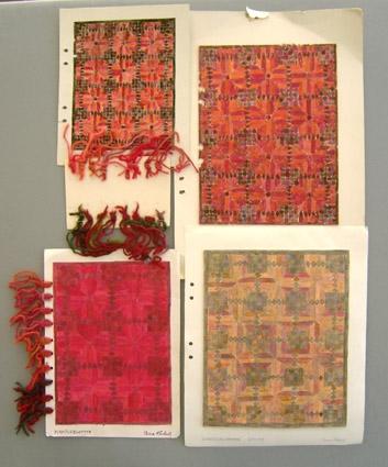 """Förlagor till nöthårsmatta i rölakansteknik, Skisser signerade Anna Hådell och märkta """"Kaktusblomma"""". Vattenfärg och färgpenna på papper limmat på pappark. Komposition Anna Hådell 1970-tal. Vävprover, se WLHF 1171 WLHF-1172:1 - A, Färgskiss, röd variant.  25x20,5cm. B, Garnprover 16 x 3 trådar - olika nyanser rött nöthårsgarn på kartongbit 11x16,5cm. En lapp har datum 18/12 -88. WLHF-1172:2 - :4 - Färgskisser i röda/rödbruna nyanser. 42x29,5 - 29,5x21 - 35x28cm. :4 """"vävdes till Blomqvists Västanvik 250x403"""" enl.lapp. WLHF-1173:5 - :6  - Färgskisser i gröna nyanser. 30x23 - 30x20cm. :5 har 16st garnprover fästade längs långsidan och är märkt """"Beställes!"""". WLHF-1173:7 - Färgskiss i blå nyanser. 30x21cm. Se vidare upplysningar om mattan vid WLHF 1171 mattprover.1173-1174 består av arbetsskisser och garnprover till mattan."""