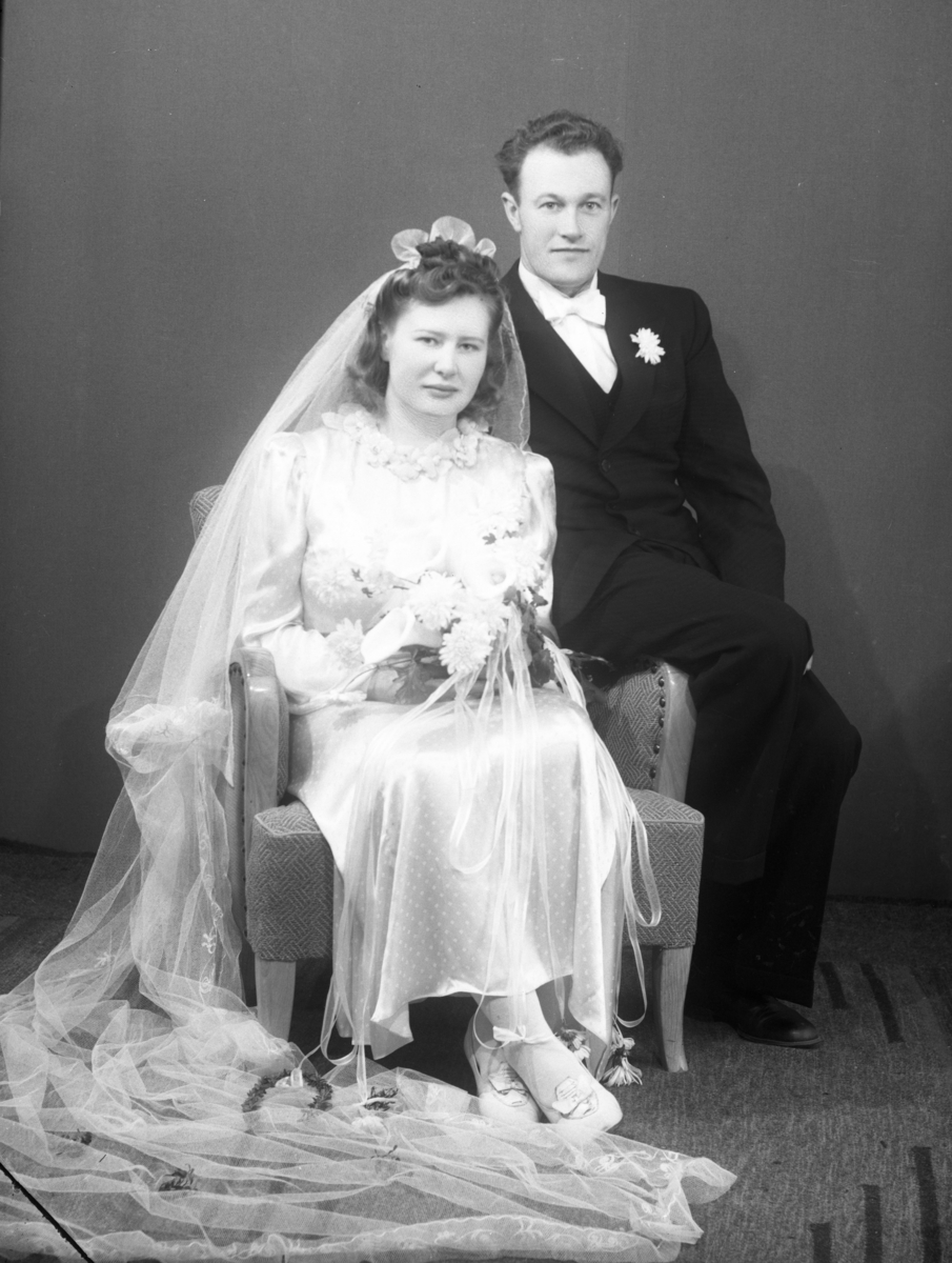 Brudebilde av Margit Ulsaker Eidsgaard og Kolbjørn Eidsgaard.