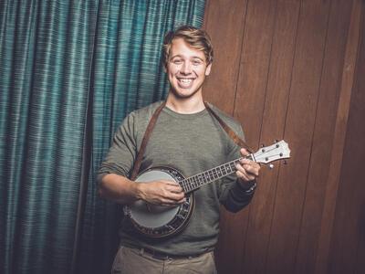 Benjamin Kippersund med banjo.. Foto/Photo