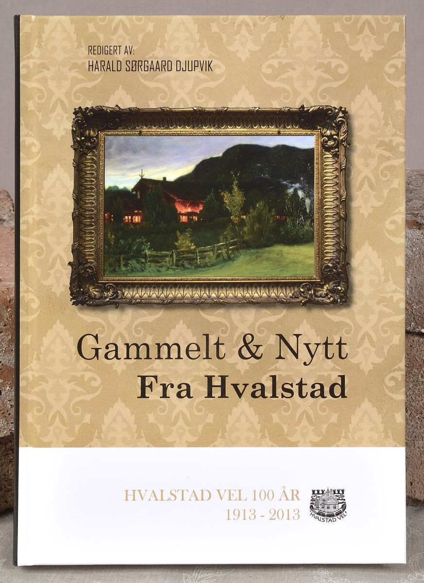 Gammelt & Nytt fra Hvalstad kr. 300,- Lokalhistorie fra nærmiljøet. (Foto/Photo)