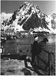 Svolvær. Omslagsbilde NBK's blad mars 1979
