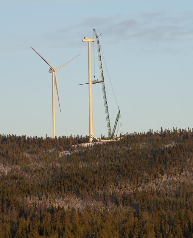 Bilde fra bygging av vindmøllepark på Finnskogen. (Foto/Photo)