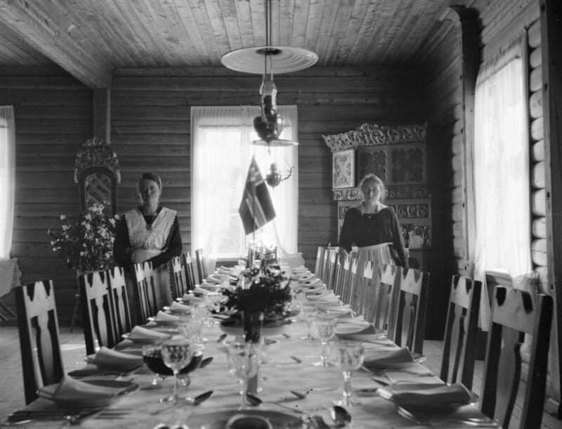 Personale ved Grotli hotell, Skjåk. Foto: Pål Kluften/Maihaugen. (Foto/Photo)