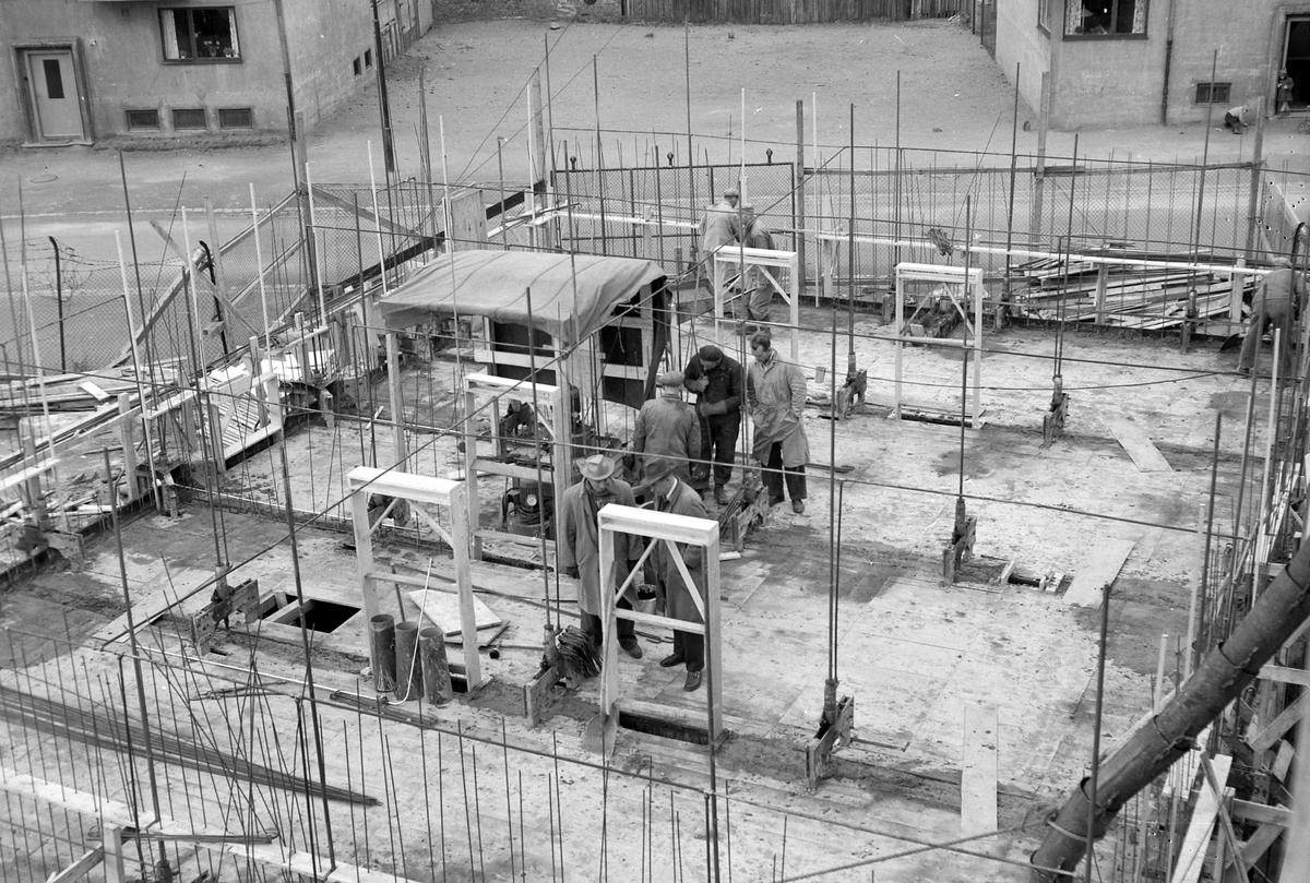 Bygging av boligblokk med glideforskaling på Voldsminde