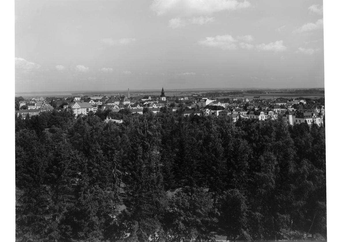 Vy från Belvederen mot nordnordöst, Linköping (serie 3/6)