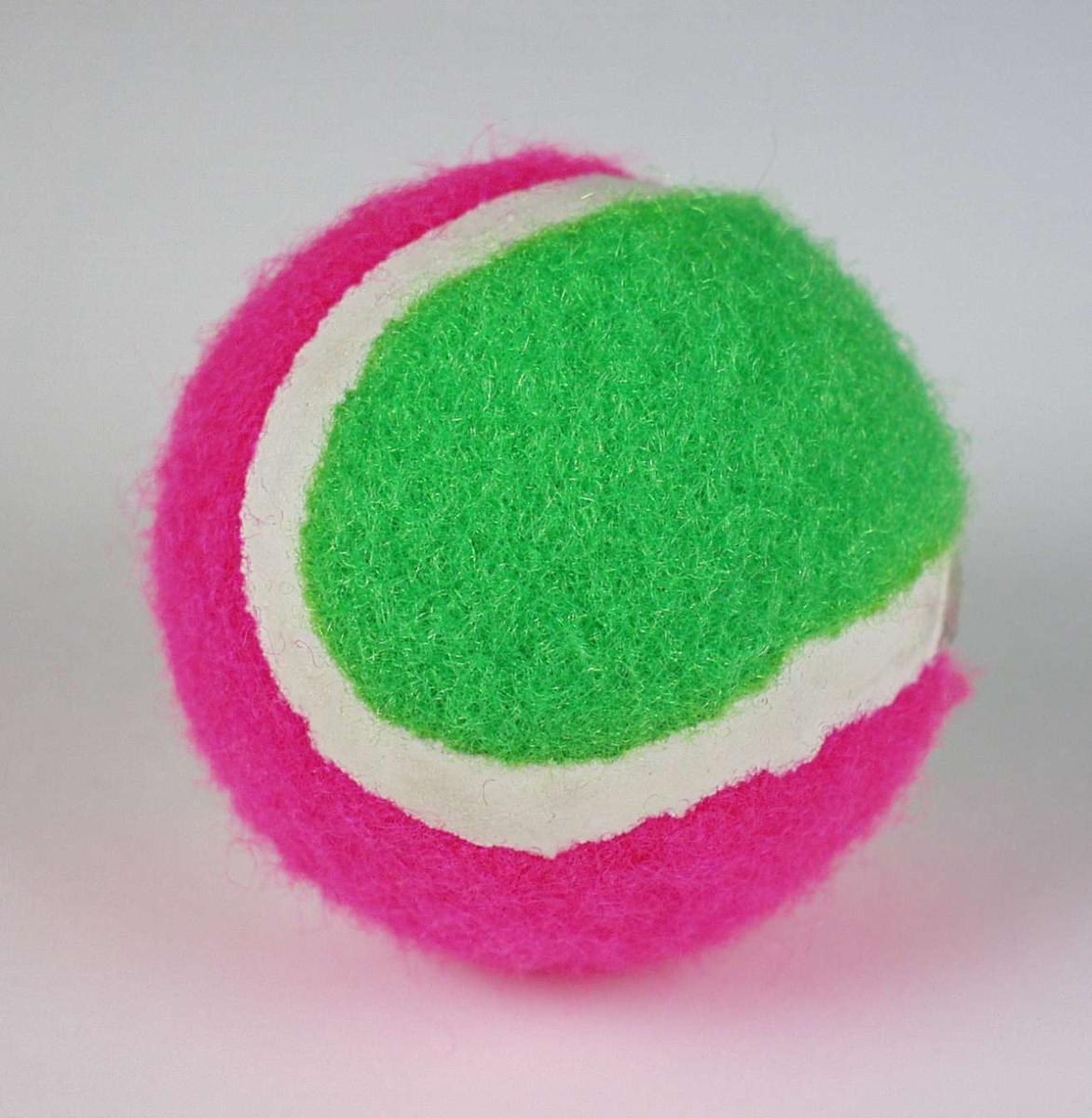 Tofarget tennisball.