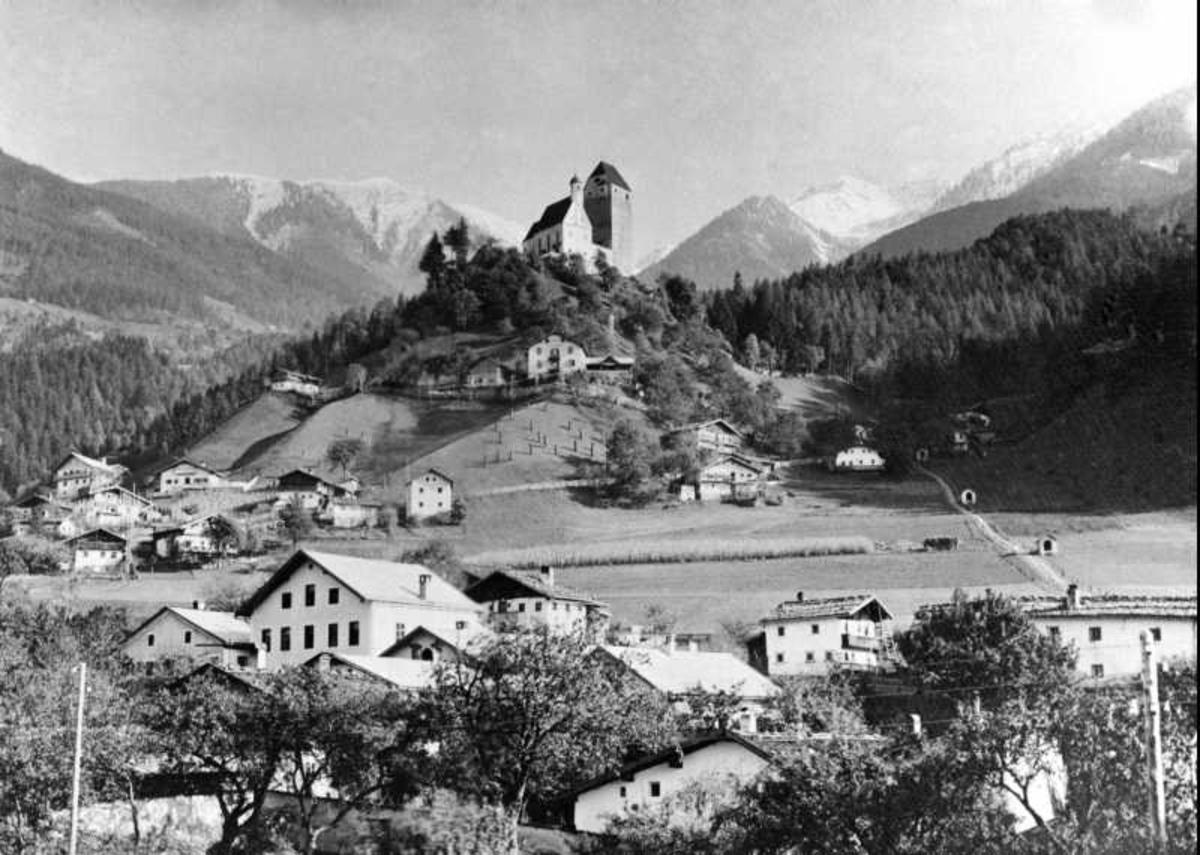 Schwaz, Tyrol, Østerrike, Schloss Freundsberg,