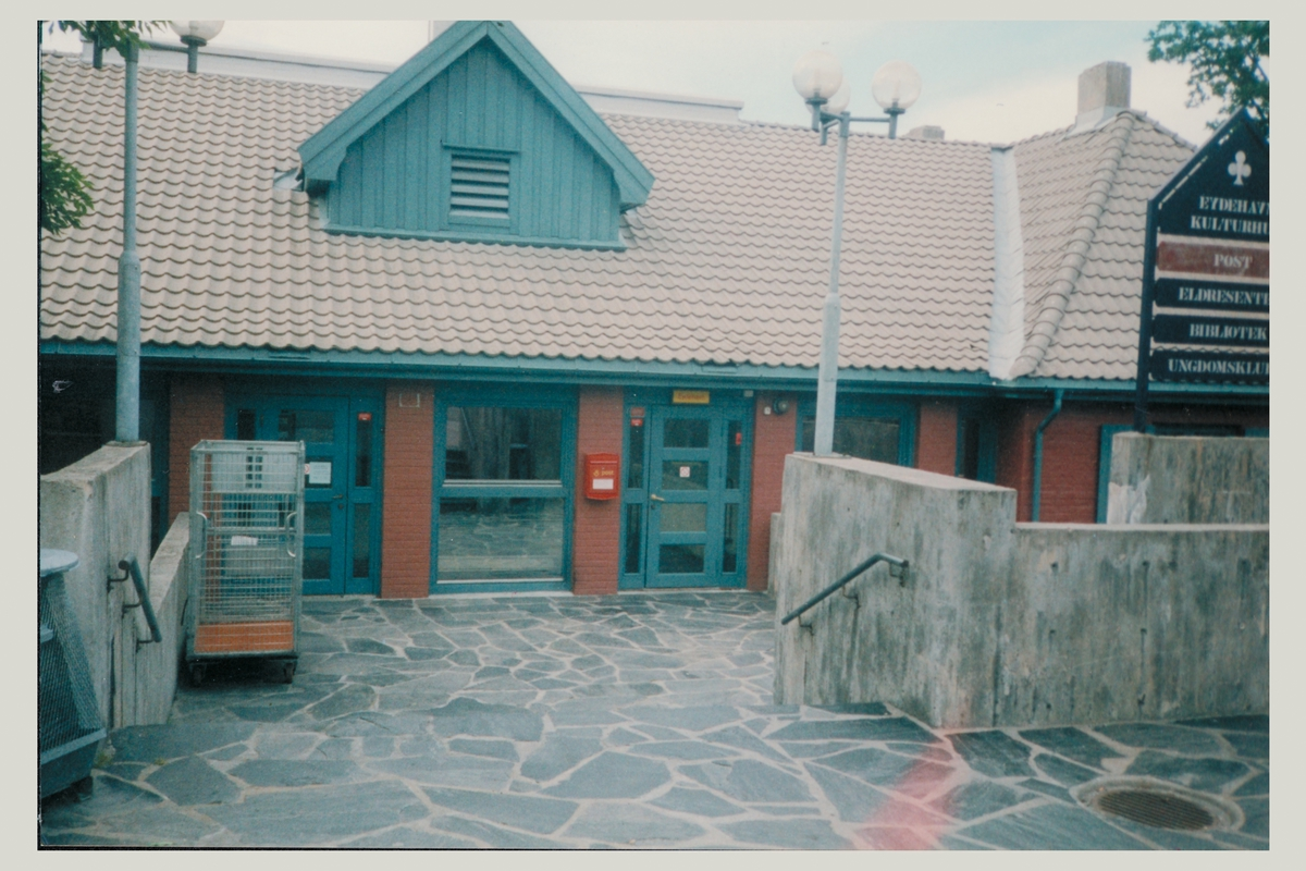 eksteriør, poståpneri, 4810 Eydehamn, postkasse