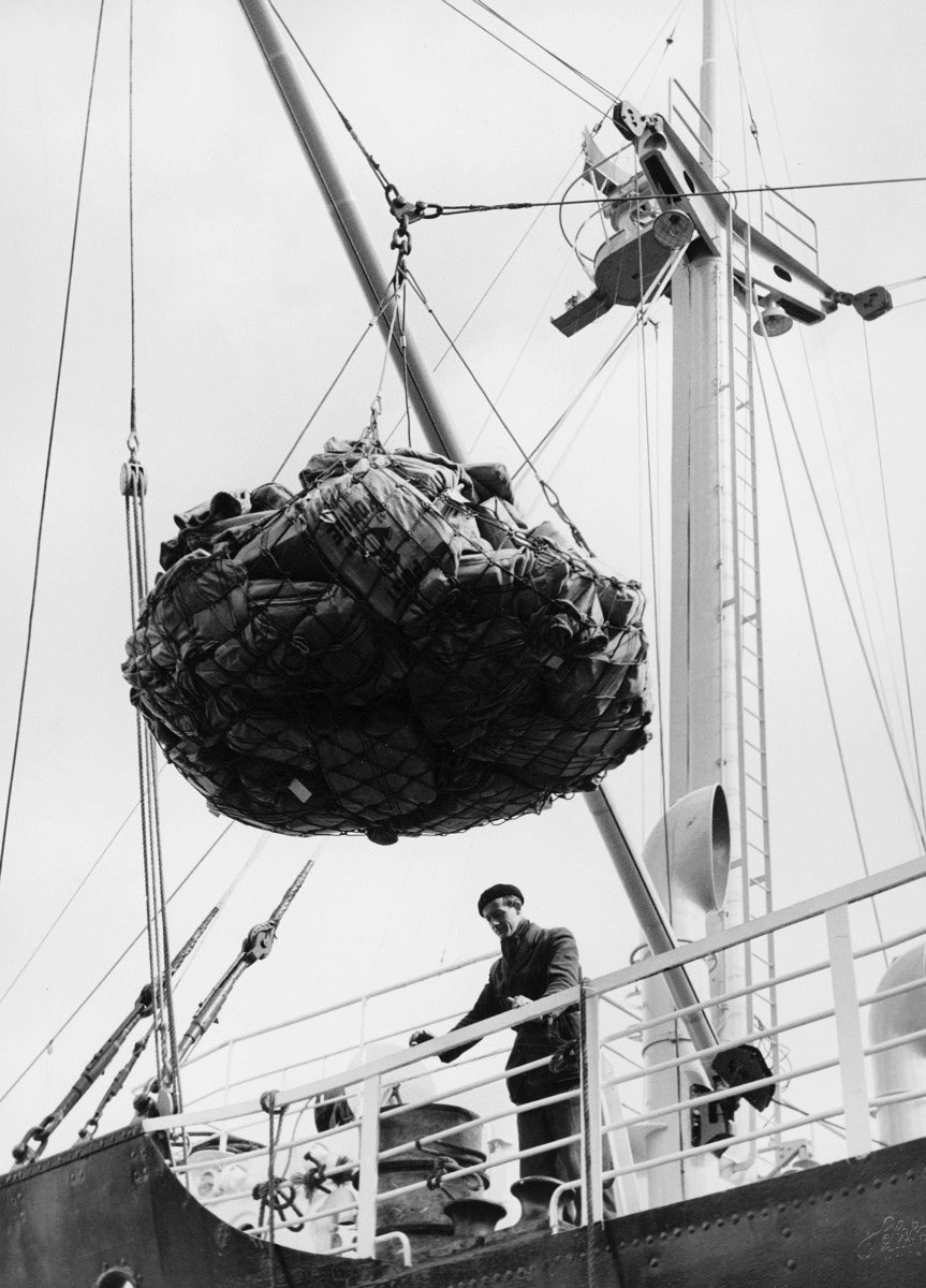 transport båt, eksteriør, Trondheim-Kirkenes, lasting, lossing, postsekker
