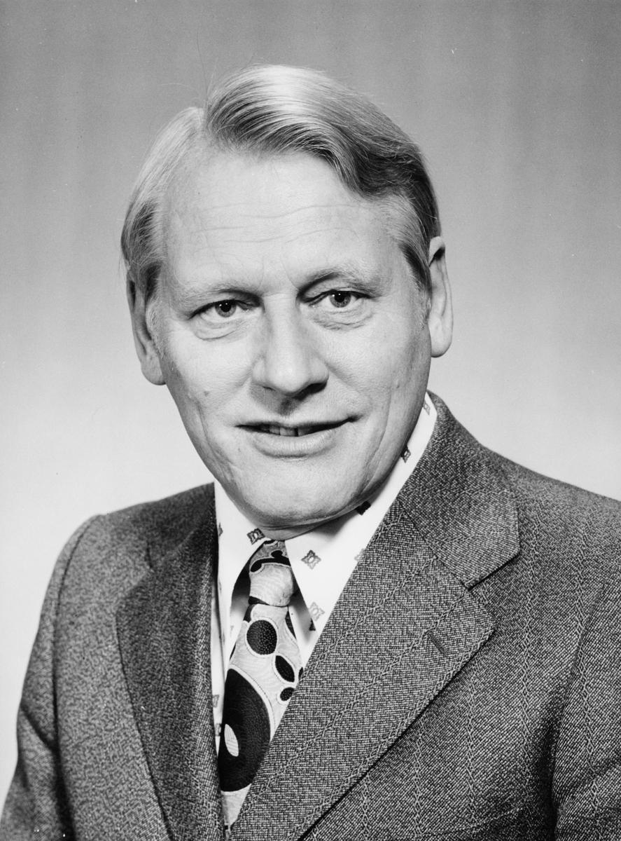 postsjef, Nome Olav Naper, portrett