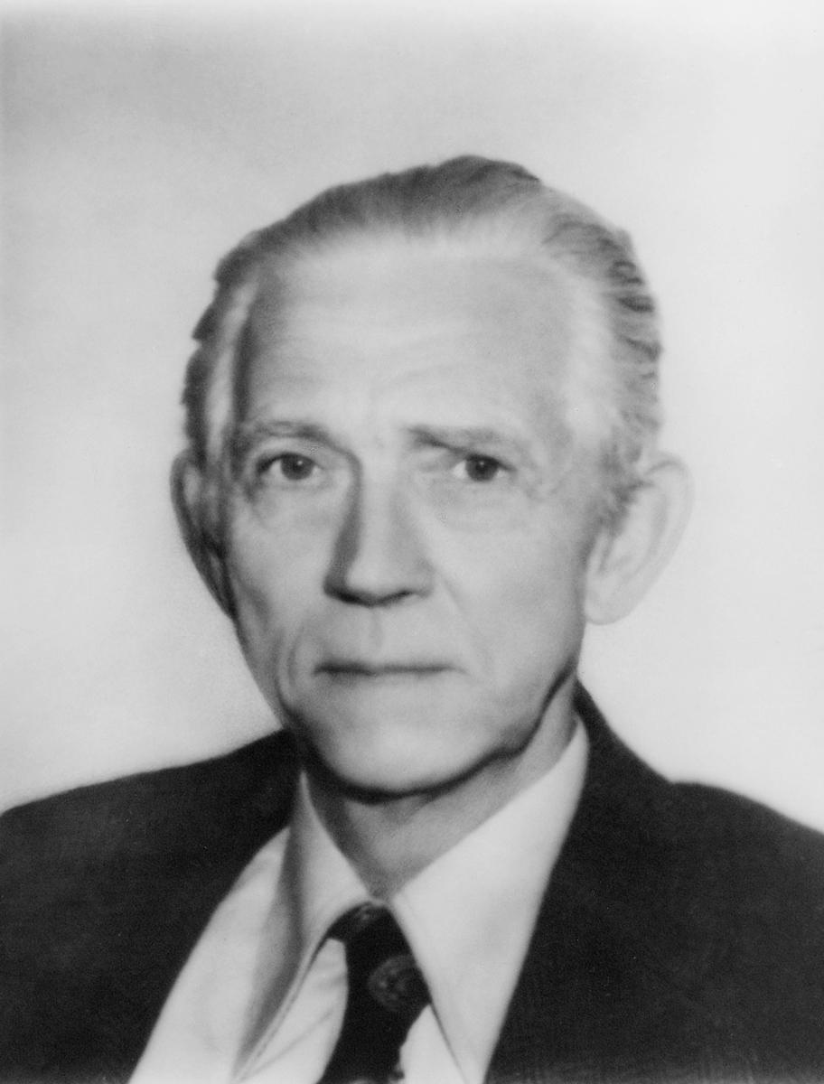 postsjef, Aaumann Per William, portrett