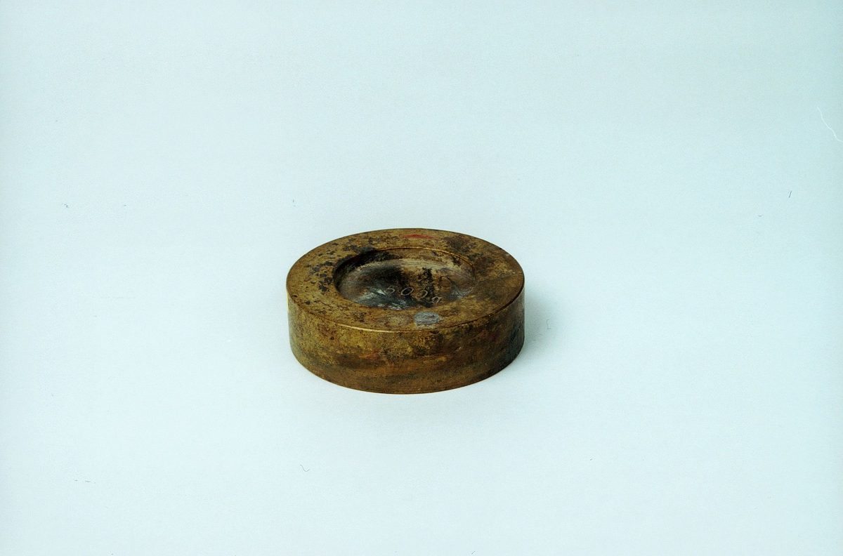 Postmuseet, gjenstander, lodd, 500 g.