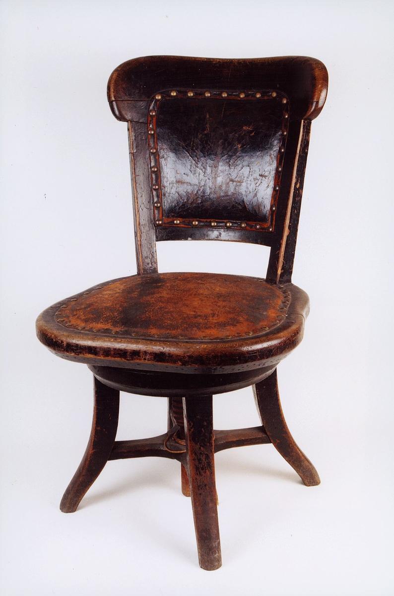 postmuseet, gjenstander, stol, svingstol, kontorstol
