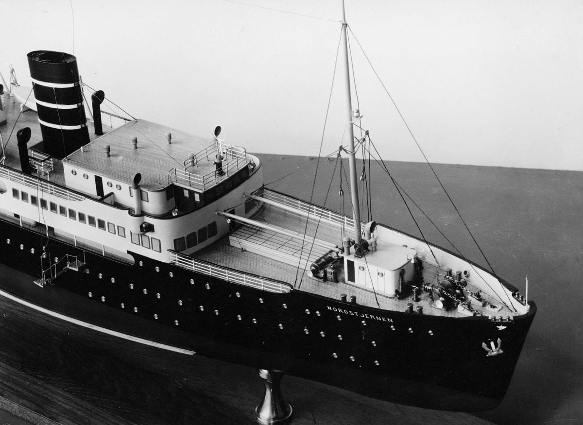postmuseet, modeller, båt, D/S Nordstjernen 1952