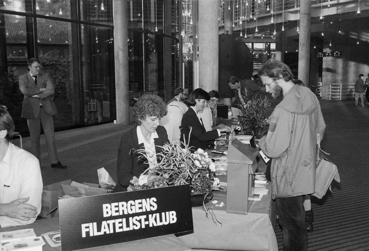 markedsseksjonen, Frimerkets dag '84, Bergen, Grieghallen, 5. oktober 1984, norsk ukepresse 150 år