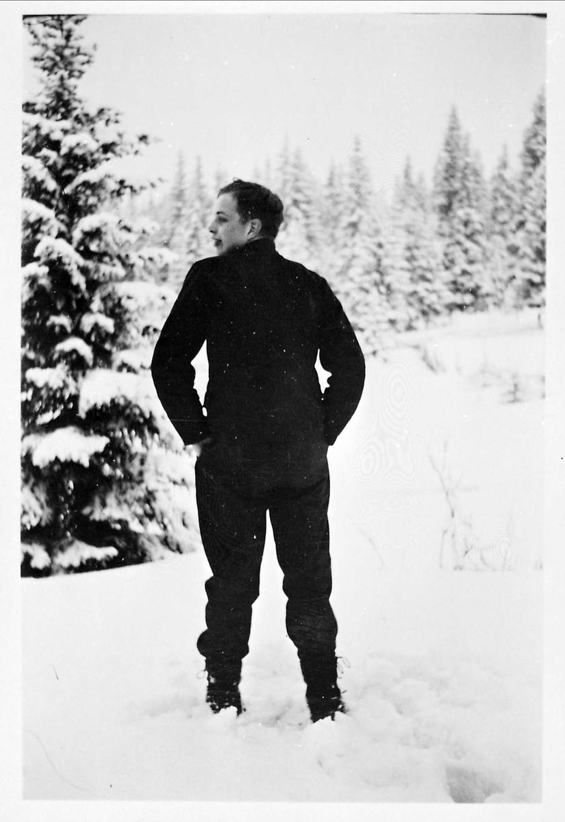 Mann, snø