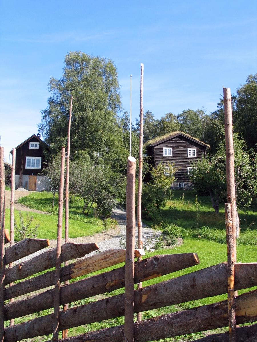 DOK:2006, Bjerkebæk, hus, gjerde,