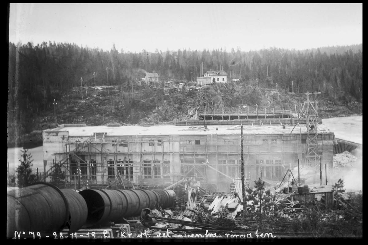 Arendal Fossekompani i begynnelsen av 1900-tallet CD merket 0470, Bilde: 41 Sted: Bøylefoss Beskrivelse: Under byggingen. Sett fra rørgata