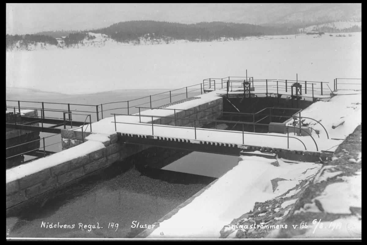 Arendal Fossekompani i begynnelsen av 1900-tallet CD merket 0565, Bilde: 46 Sted: Elva Beskrivelse: Regulering Småstraumene