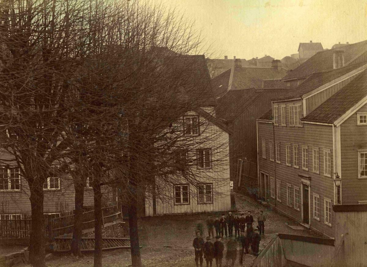 Arendal - Tyholmen - Det gamle apoteket og presteboligen