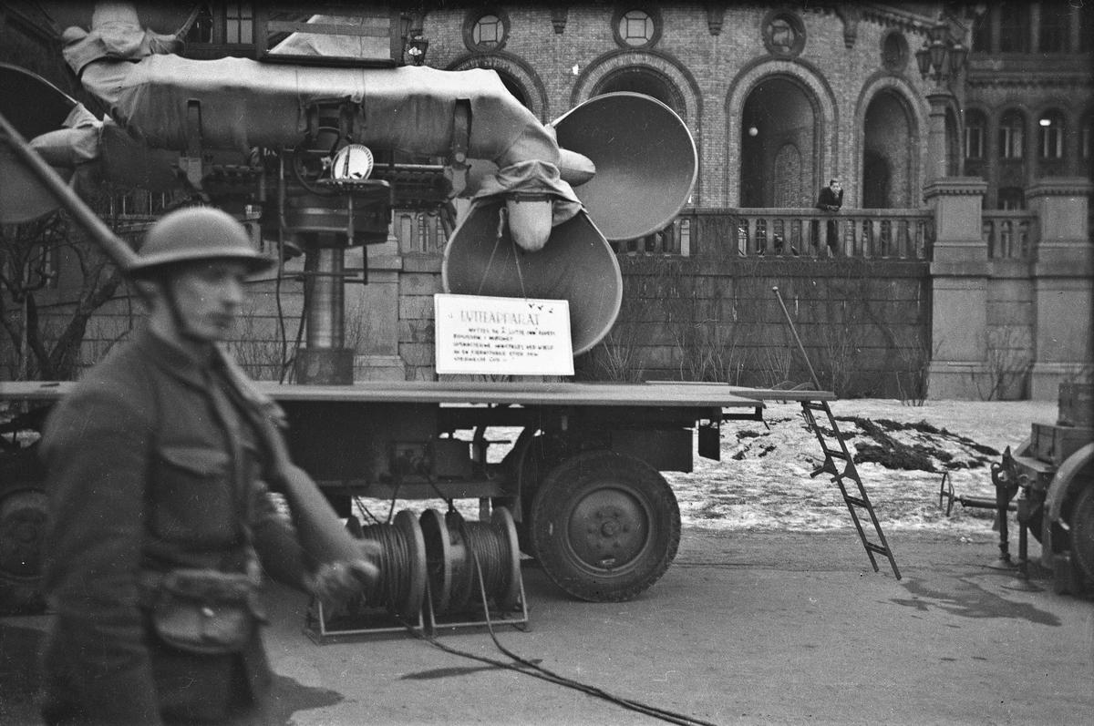 Lytteapparat. Fra vintermanøveren 1940.