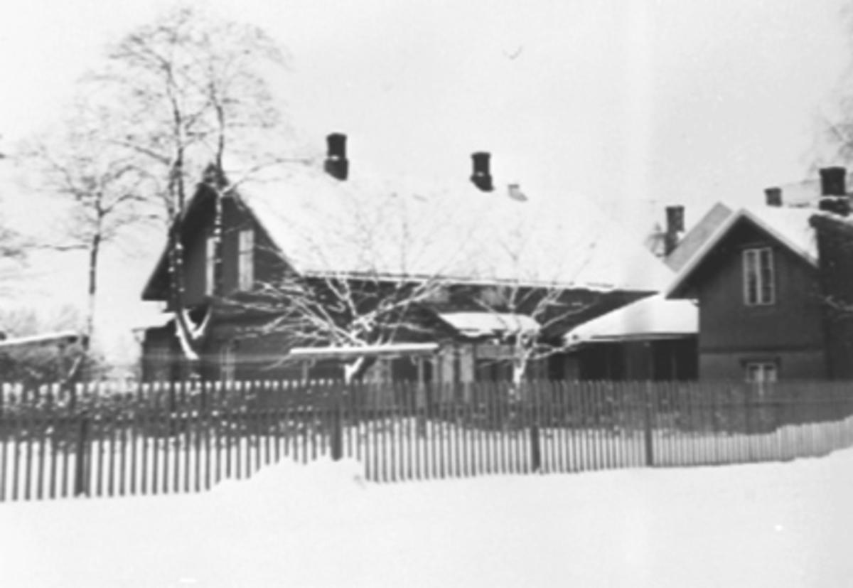 EKSTERIØR, STANGEVEGEN 54, VINTER