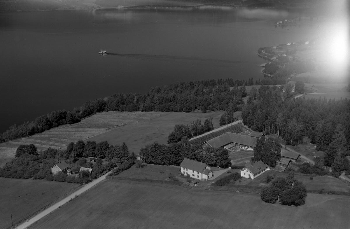 Flyfoto, gardsbruk, Senstad, Mengshoel, ferge, Nes, Hedmark.