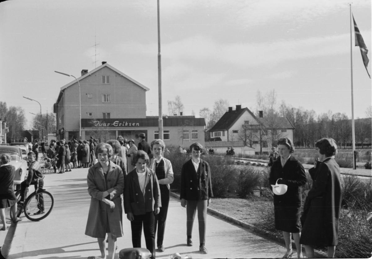 Storgata, Elvarheimparken/Evjeparken.