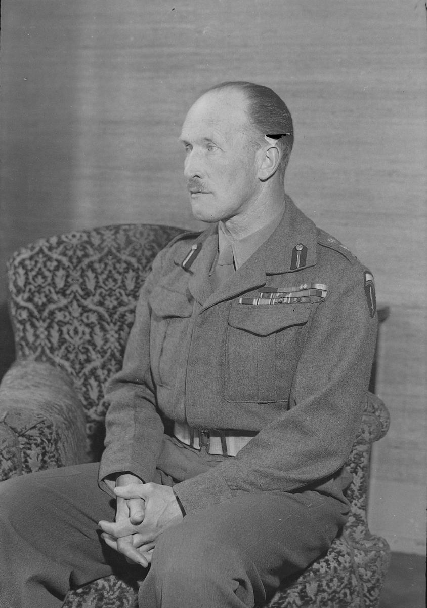 Resultado de imagen de general andrew thorne