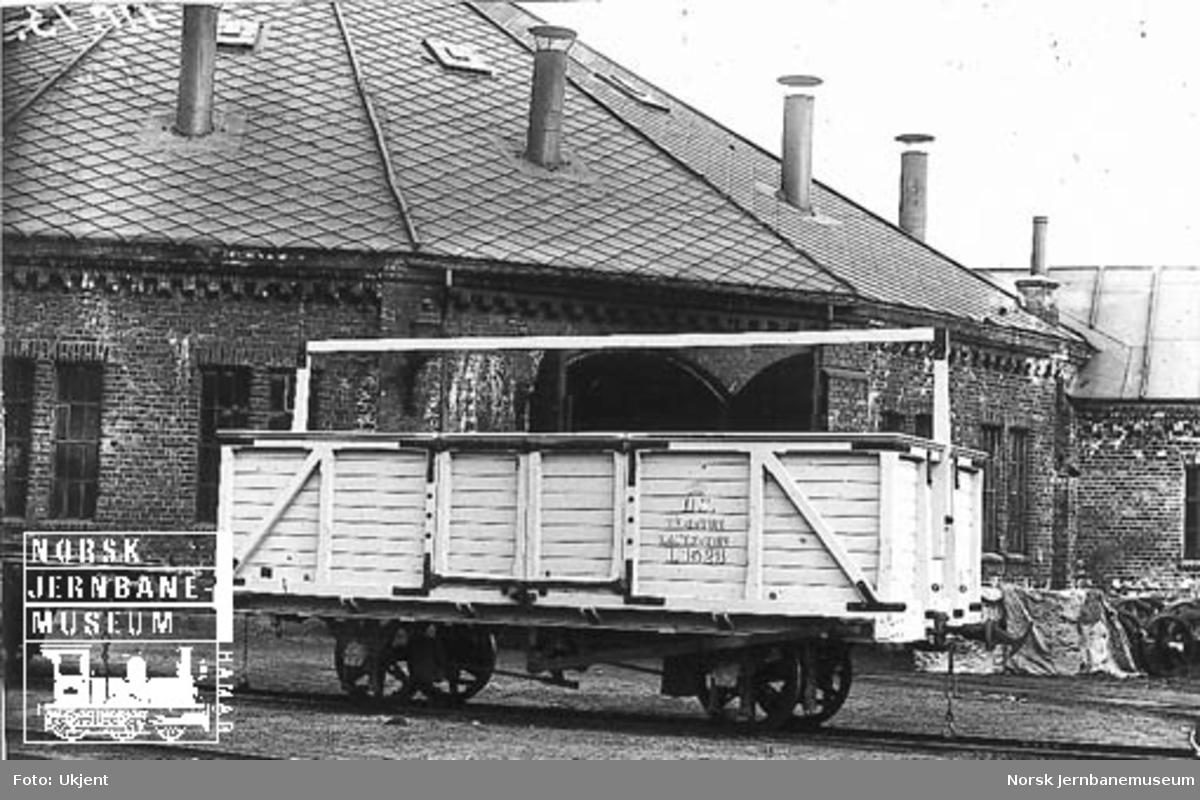 Vestfoldbanens kassevogn litra L nr. 1523 som ny eller nyrevidert