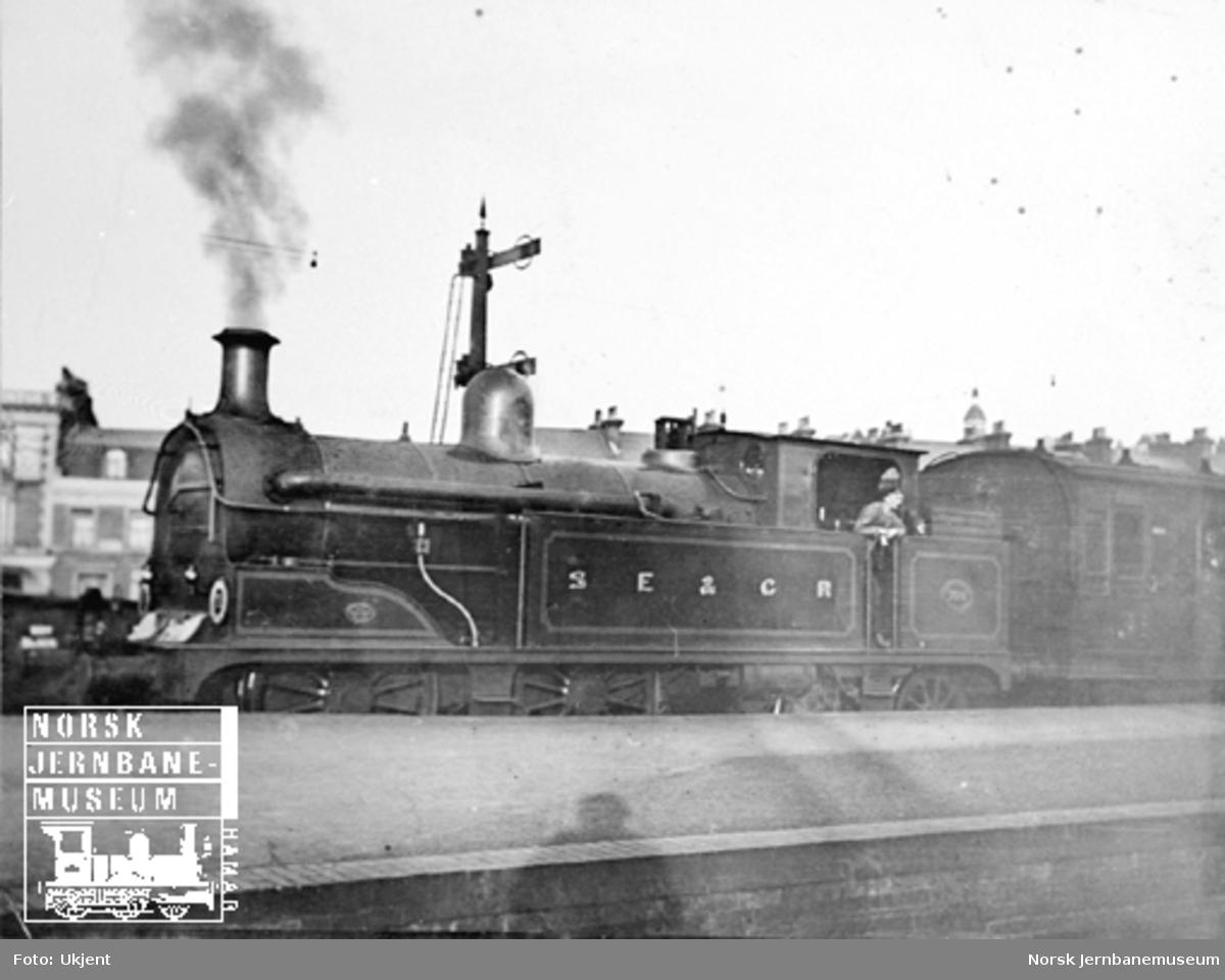Britisk damplokomotiv South Eastern & Chatham Railway nr. 790?