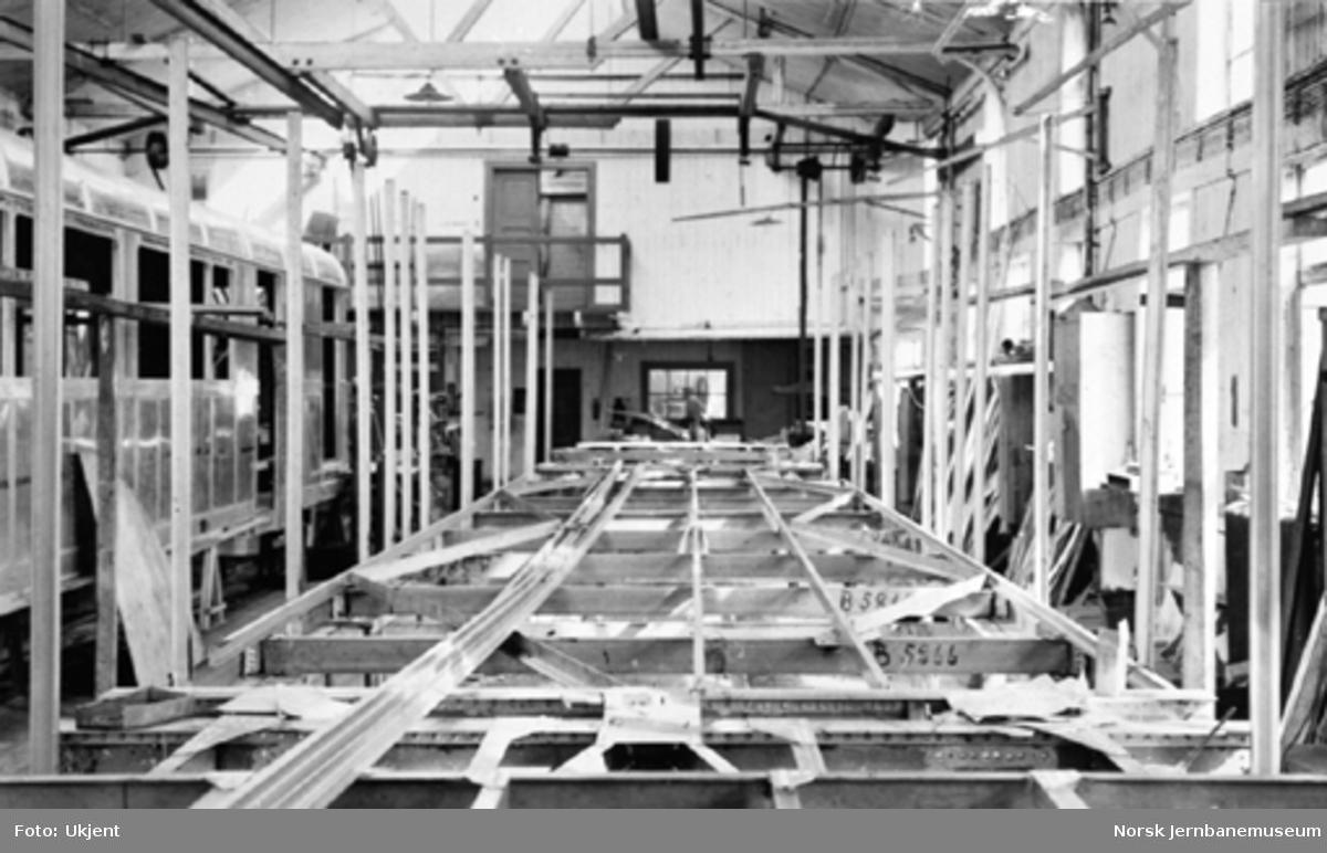 Tilhengervogn litra CFox4a under bygging, lettmetall vognkasseskjelett
