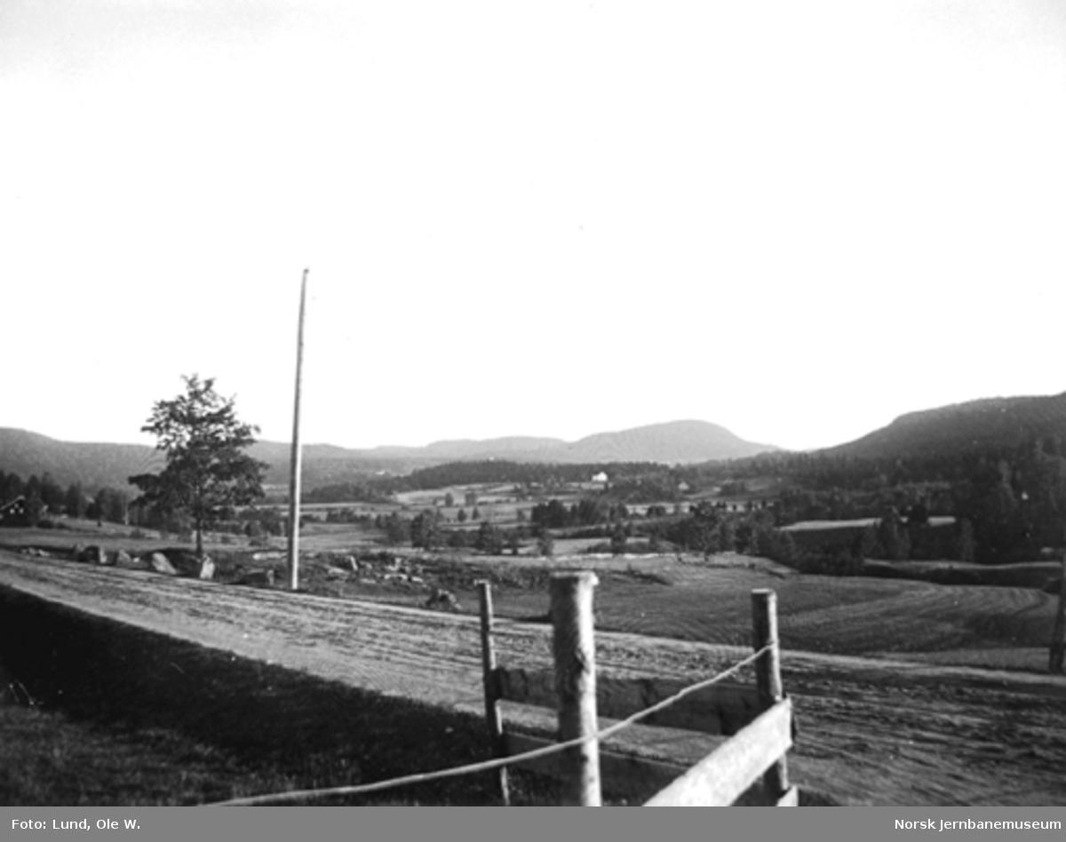 Fra anlegget av Holmestrand-Vittingfossbanen : landskapsbilde fra Vassås