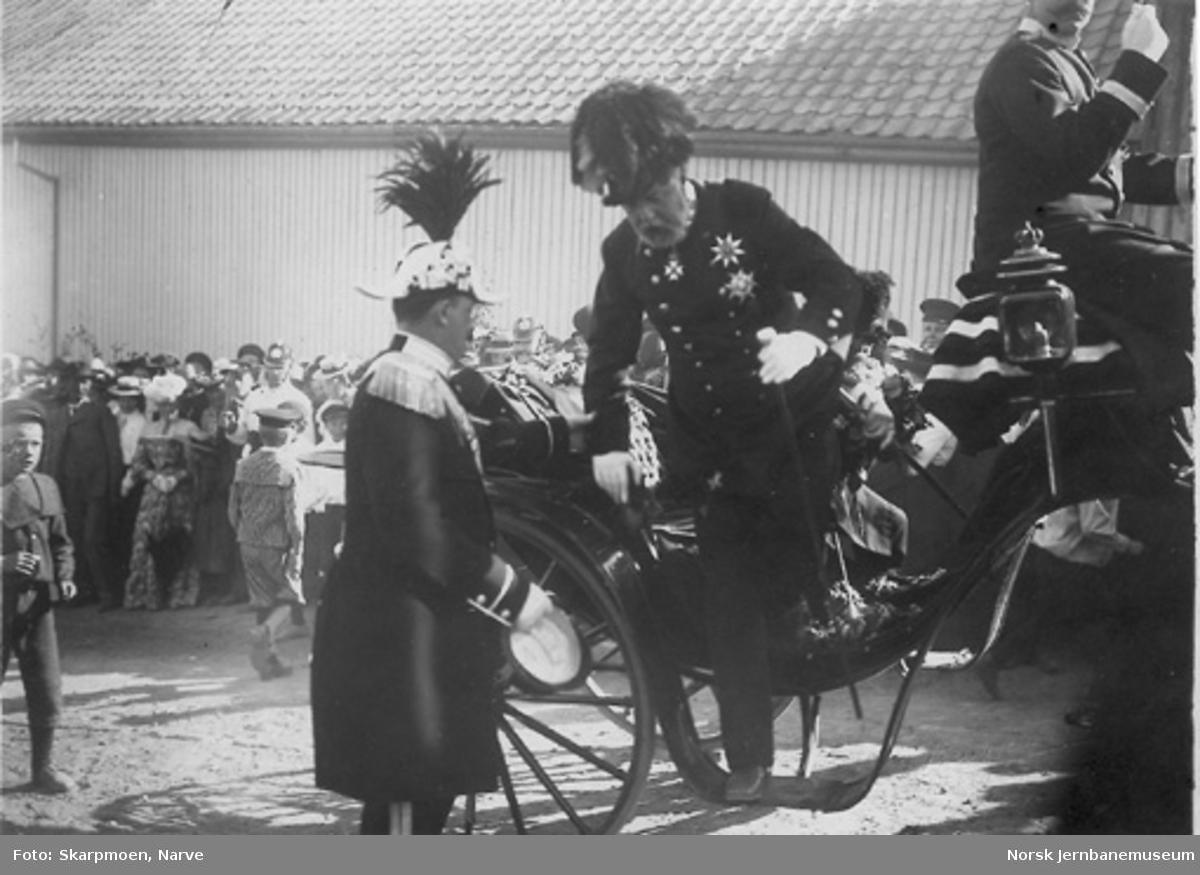 Kong Oscar II på Gjøvik ved kongebesøket i 1904