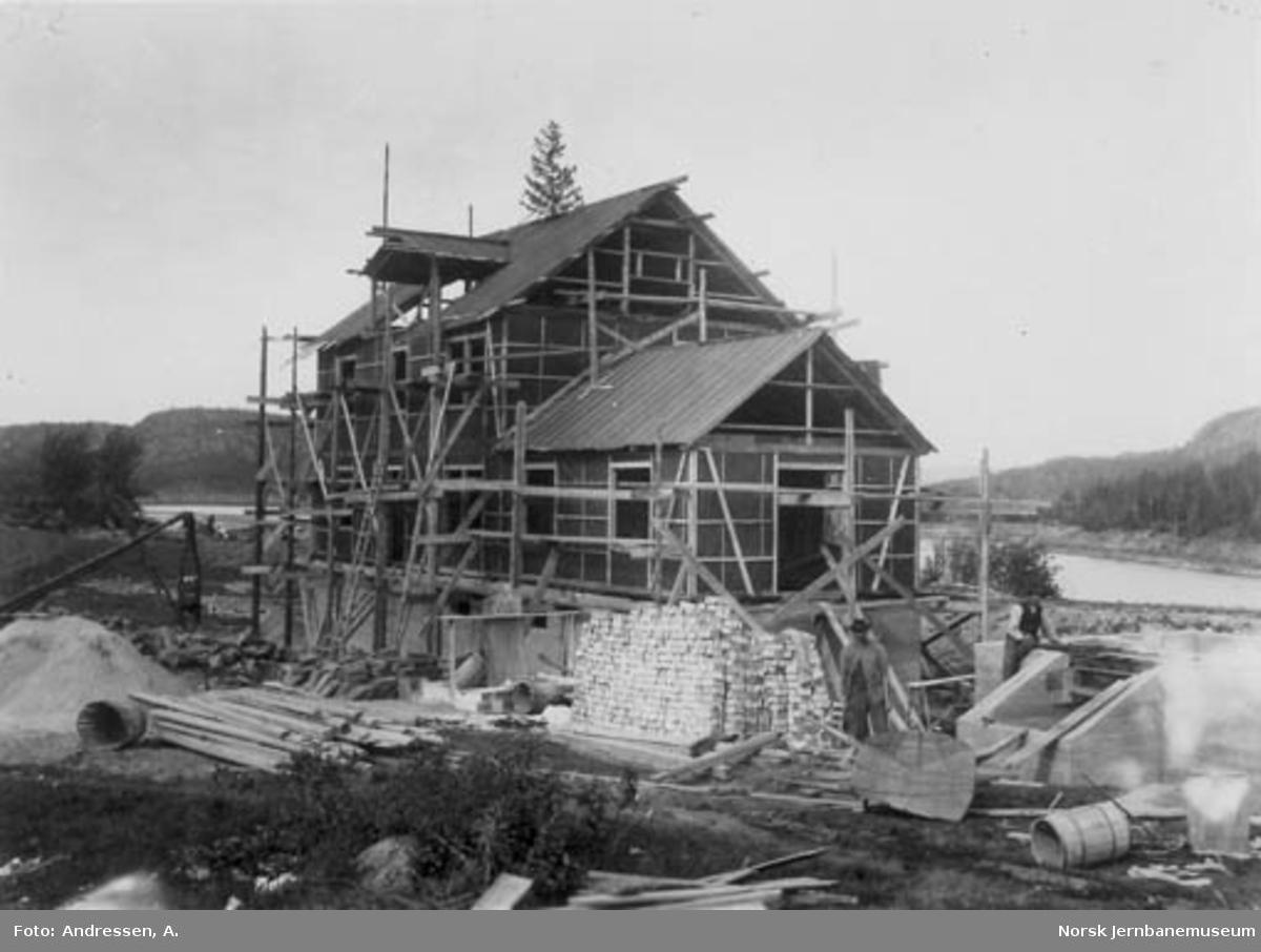 Merkebekk stasjonsbygning under bygging