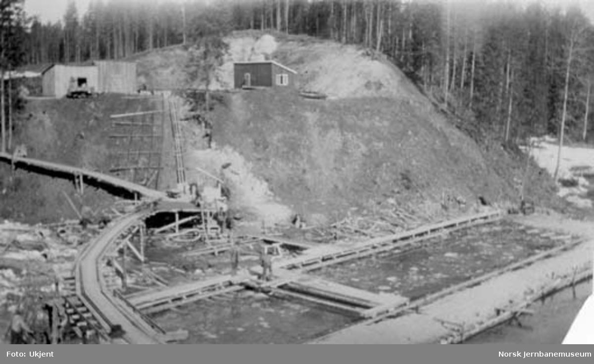 Støping av fundament for Evjubekken kulvert, pel 3405, på Numedalsbanens 2. avdeling