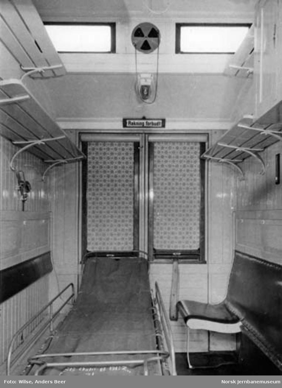 Interiør fra sykekupé i personvogn litra CFo