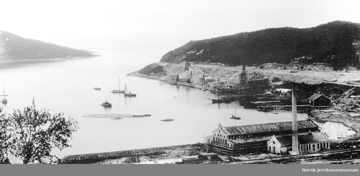 Mailmkaiene i Narvik under bygging