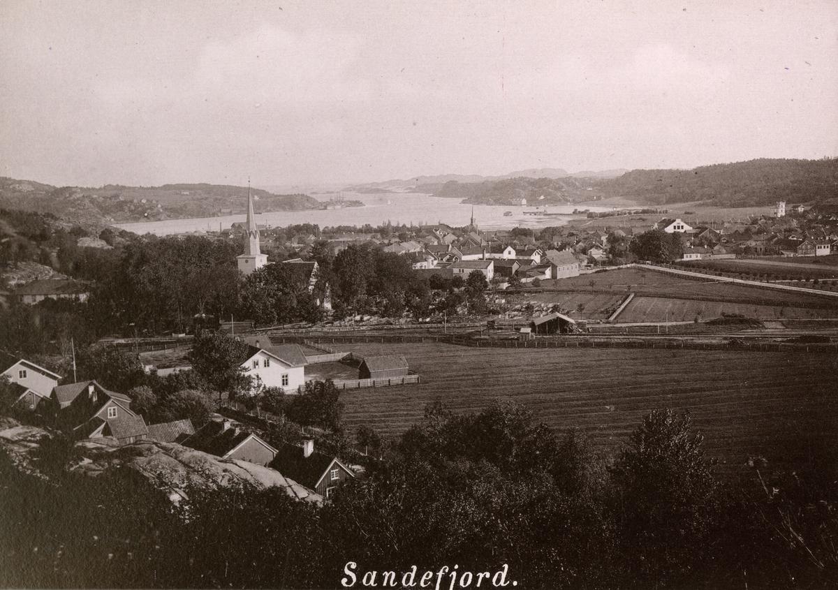 "Serie trykte prospekter fra bildeboken ""Bad Sandefjord og Bad Modum i Norge""  Sandefjord Bad (1-8), Modum Bad (nr. 9-20)."