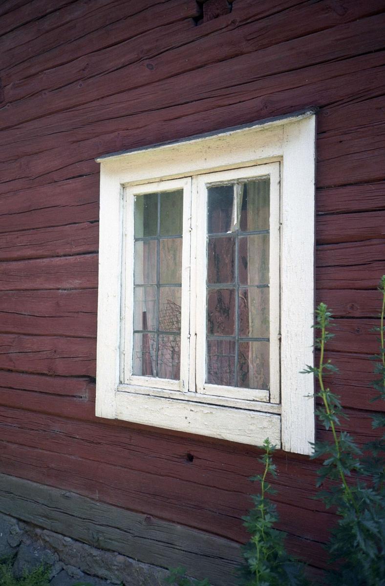Blyinsatt fönster, Skuttunge by, Skuttunge socken, Uppland 1995