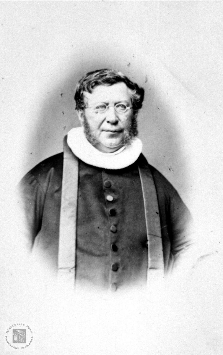 Portrett av Tørres O. Tønnesen.