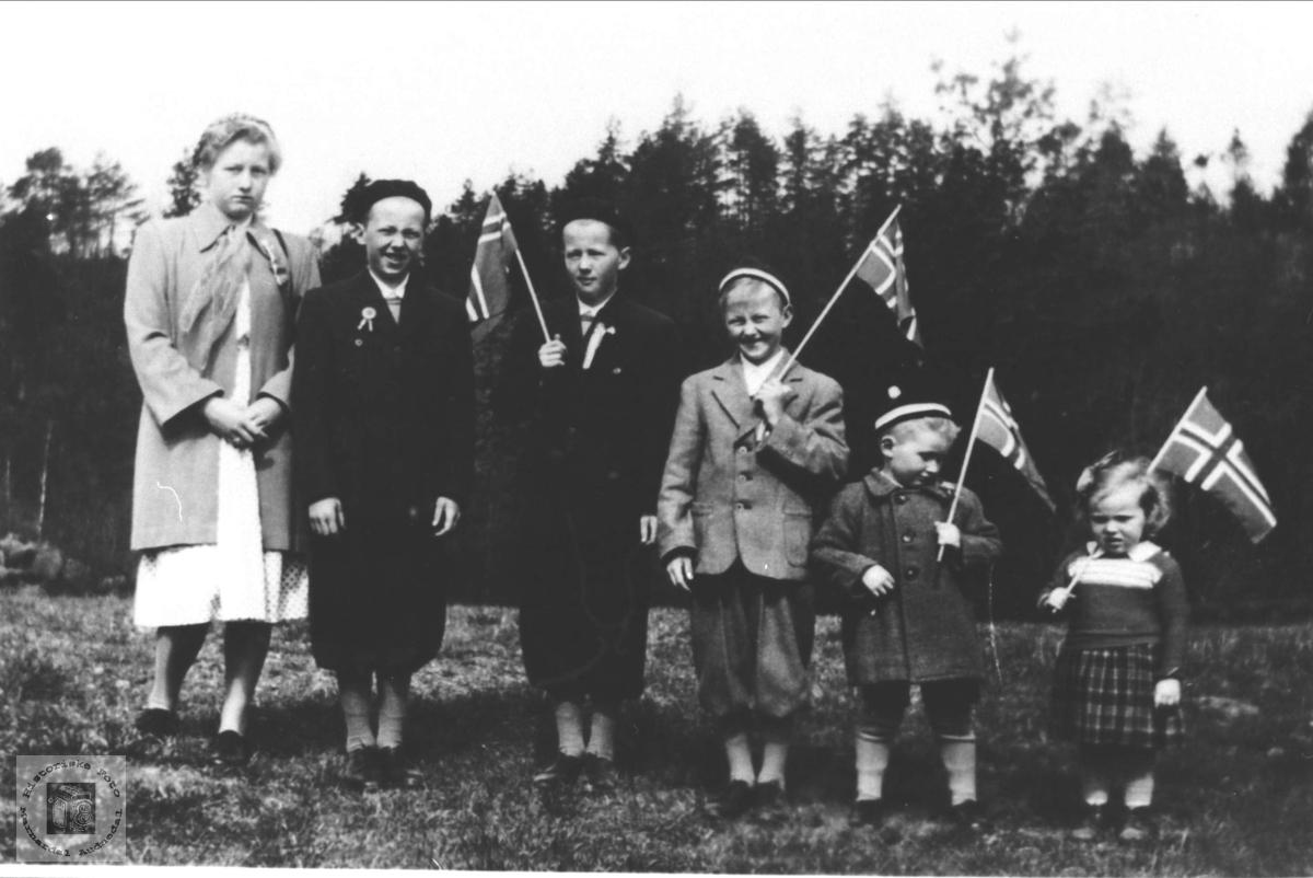Søsken + kusine Manneråk, Øyslebø.