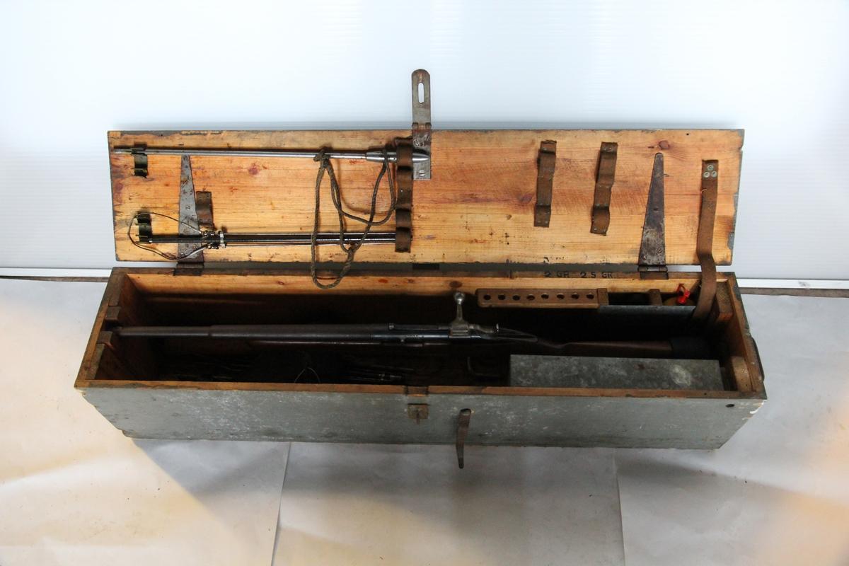 Linegevær i kasse, med tilbehør