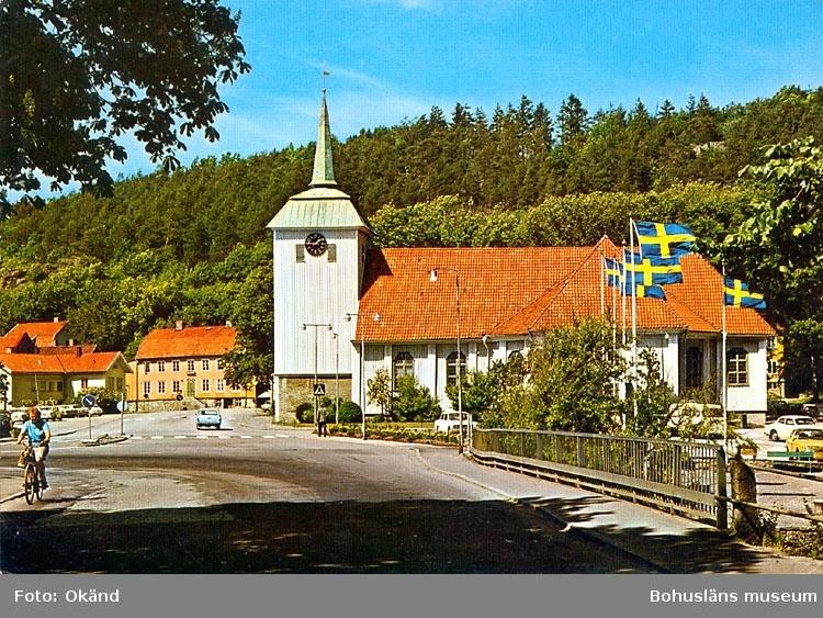 """Tryckt text på bildens baksida: """"Kungälv, kyrkan""""."""
