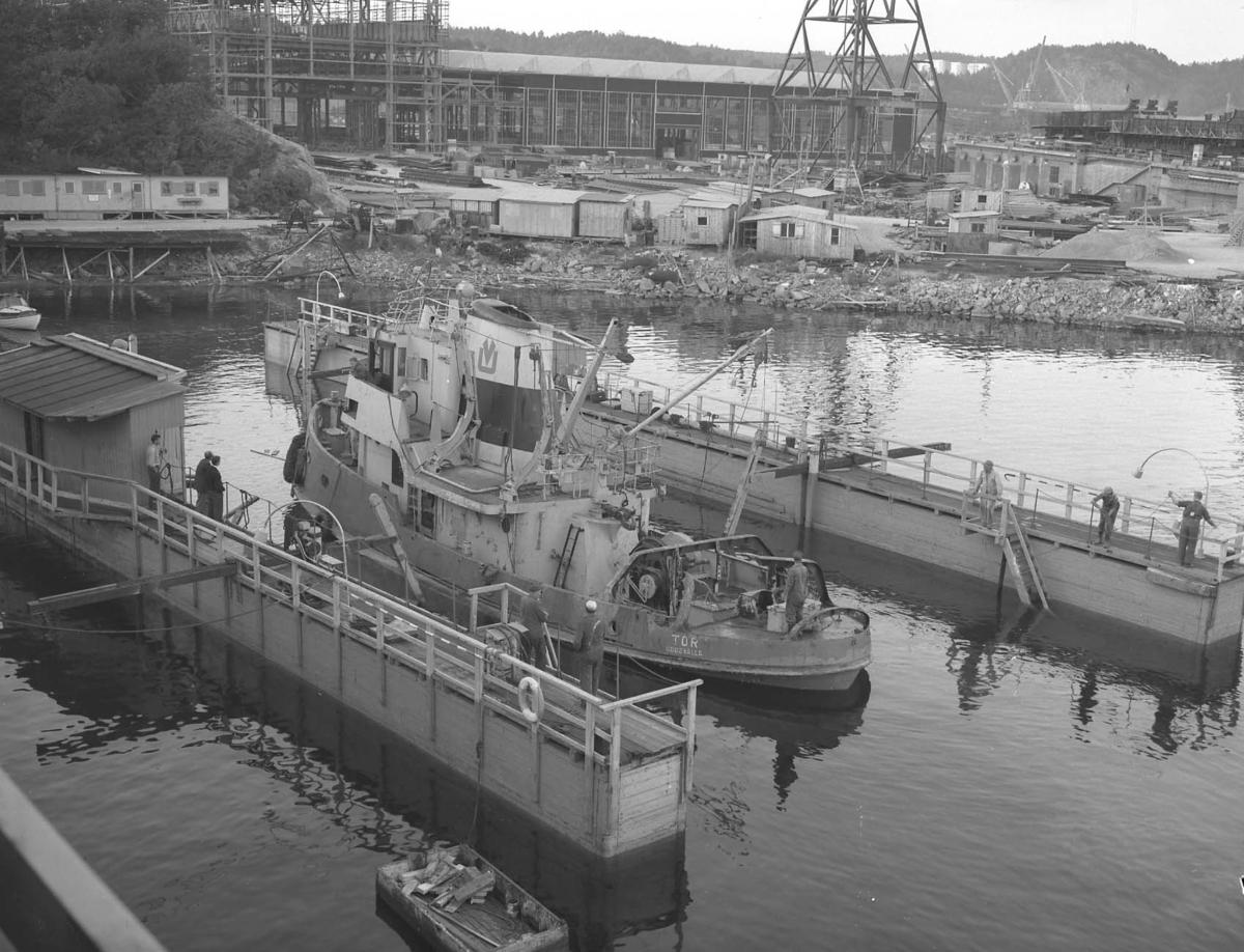 Bogserbåten Tor i trädockan.