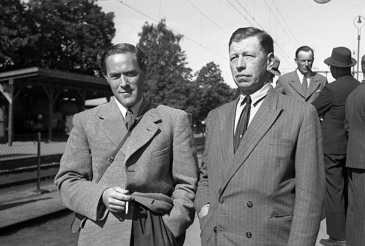 """Enligt notering: """"Ålänningar på U-a besök 26/6 1948""""."""