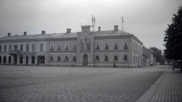 Kungälv, Fröllinge och Varberg. 12 st. Kopierade.