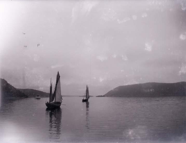 """Enligt text som medföljde bilden: """"Ur Ragnar Bergers samling 1890-1900""""."""